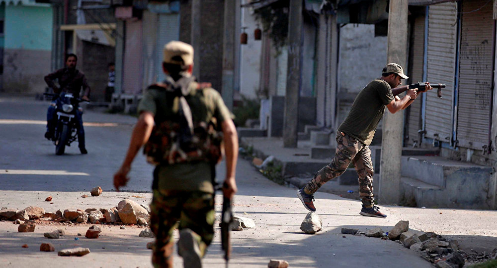 Policiais em Jammu e Caxemira, Índia (Arquivo)