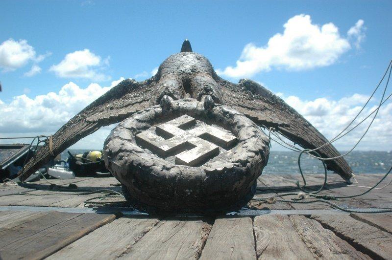 Águia de bronze nazista do navio Graf Spee