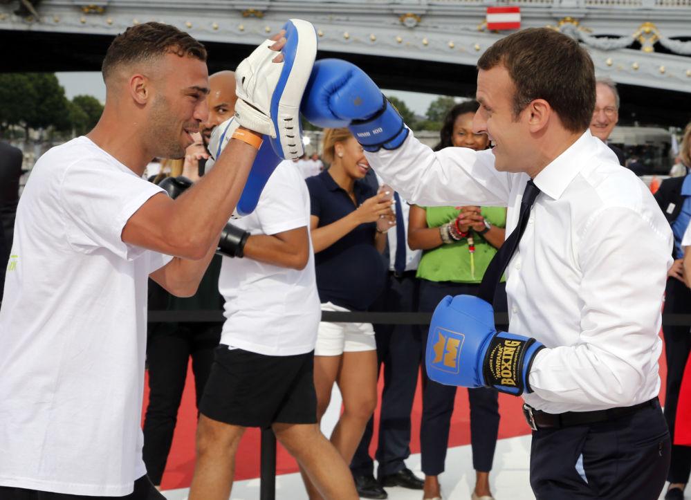 Uma partida de boxe do presidente francês, Emmanuel Macron