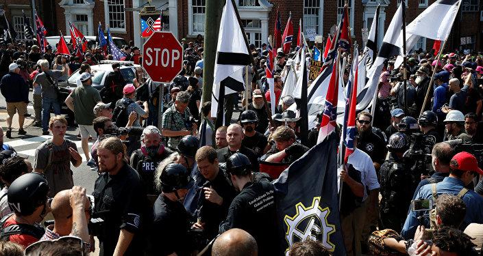 Manifestação da extrema-direita norte-americana, em Charlottesville, EUA, em 12 de agosto de 2017