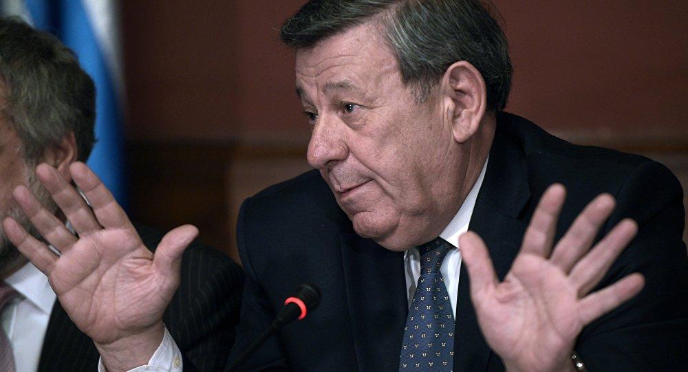 Chanceler Rodolfo Novoa diz que reforma trabalhista no Brasil é um retrocesso