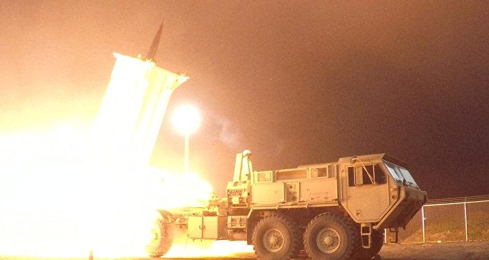 Teste do sistema antimíssil norte-americano THAAD (foto de arquivo)
