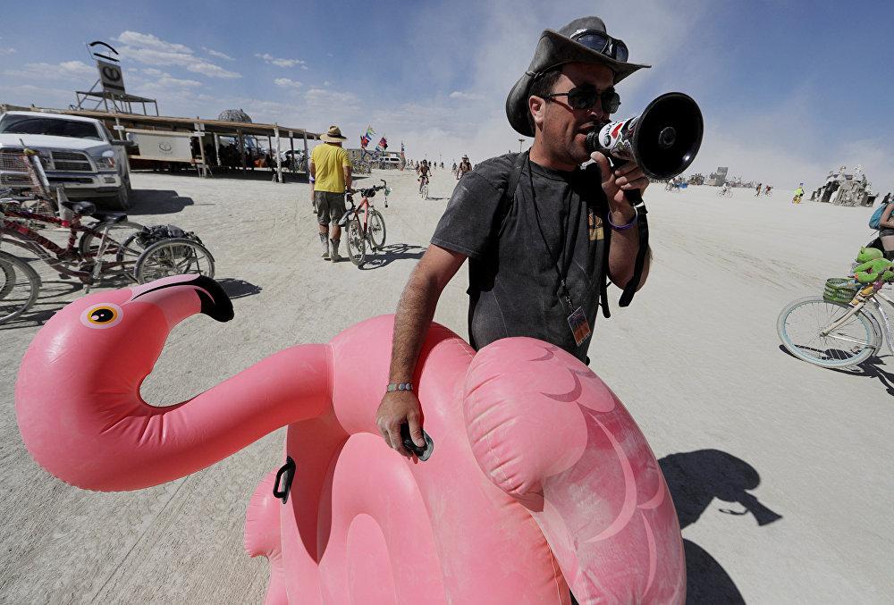 A auto-expressão radical é um princípios do Burning Man.
