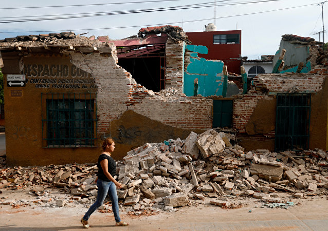 Casa destruída pelo terremoto em Juchitan, México.