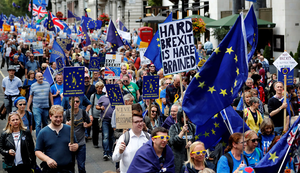 Brexit: Número de cidadãos europeus deportados disparou