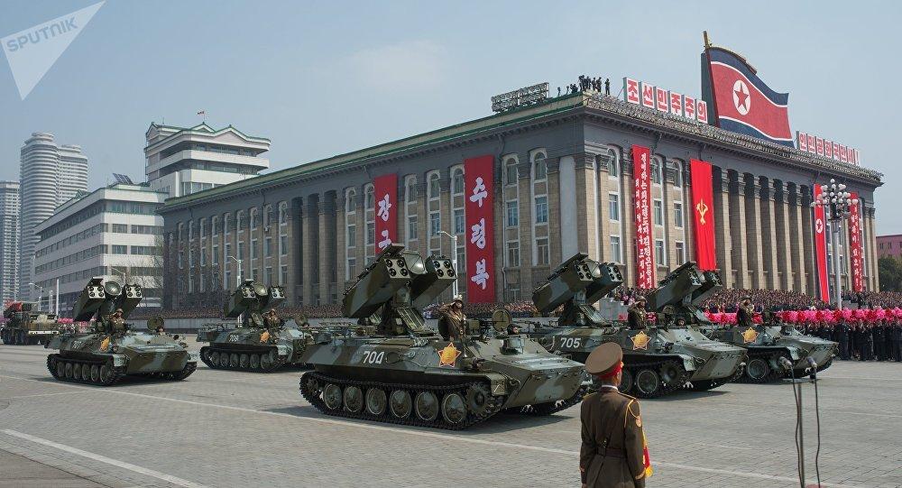 As solenidades dedicadas ao aniversário 105-o do dia de nascimento de Kim Il-sung, Pyongyang, Coreia do Norte