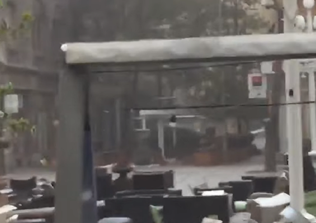 Tempestade devasta cafeteria