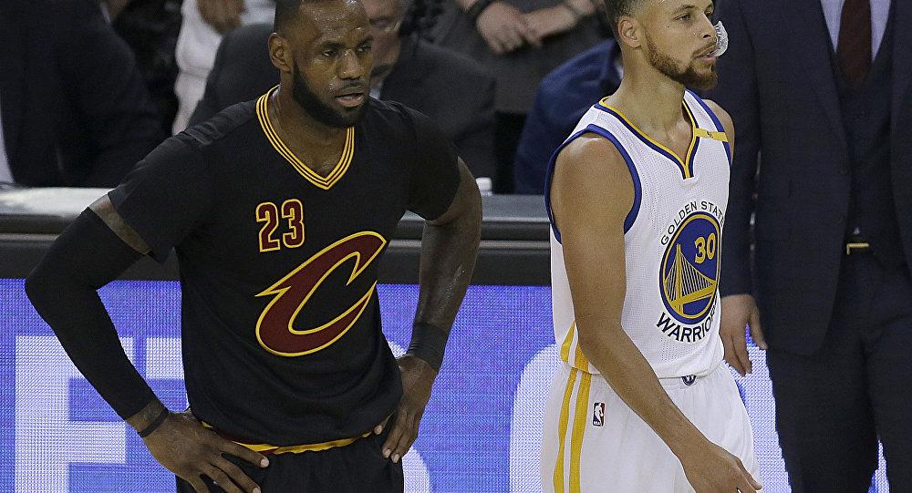 Trump retira convite aos campeões da NBA