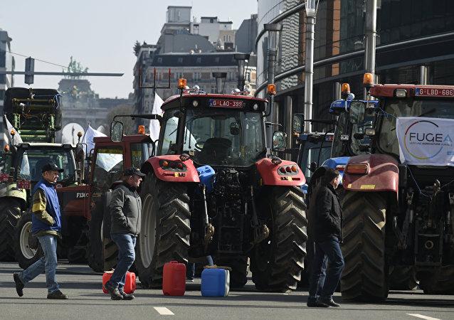 Lobby de agricultores de vários países da UE pressiona contra acordo com o Mercosul
