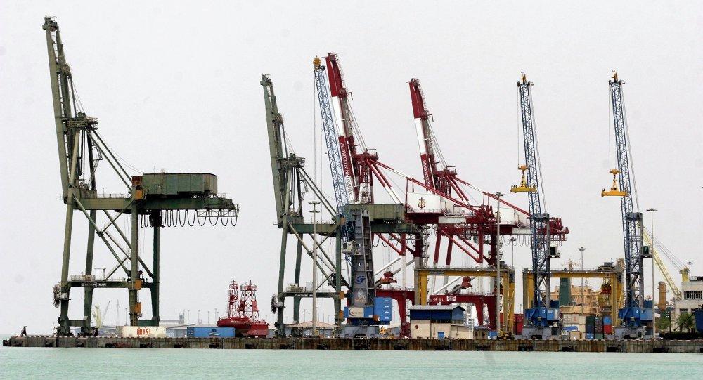 Vista geral do porto Imam Khomeini, ao sul de Teerã, no Irã, em 18 de maio de 2008