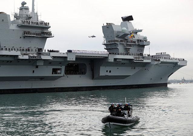 Porta-aviões da Marinha da Grã-Bretanha HMS Queen Elizabeth