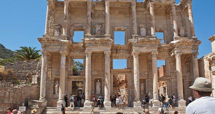 Biblioteca de Celso, em Anatólia (território da Turquia moderna)