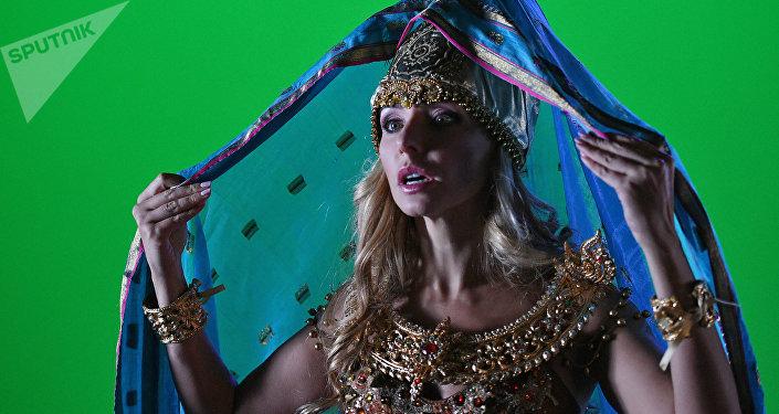 Tatiana Navka no papel de Ludmila