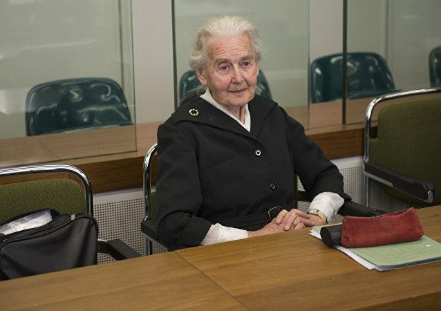 Ursula Haverbeck durante um julgamento em Berlim, na Alemanha