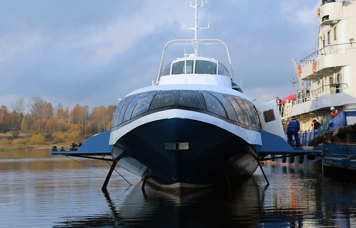 A cerimônia de lançamento à água do primeiro barco a hidrofólio Kometa 120M do projeto 23160