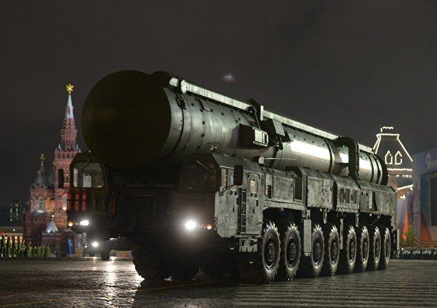 Misil balístico intercontinental Tópol-M (foto de arquivo)