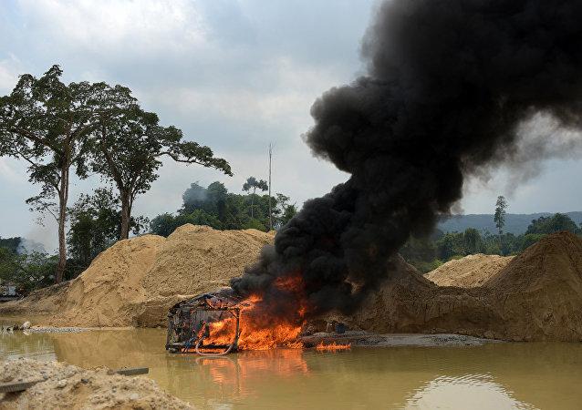 Ibama realiza operação de combate a garimpo ilegal na Terra Indígena Kayapó, no Pará