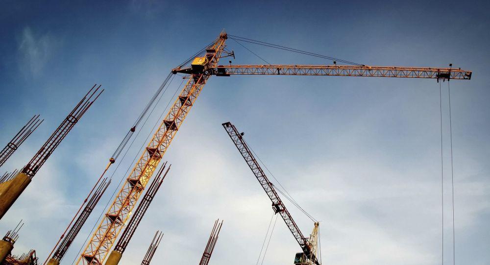 Um guindaste de construção (foto referencial)