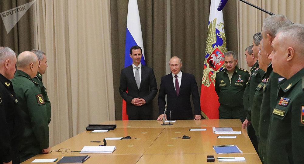 Vladimir Putin recebe o presidente da Síria, Bashar Assad