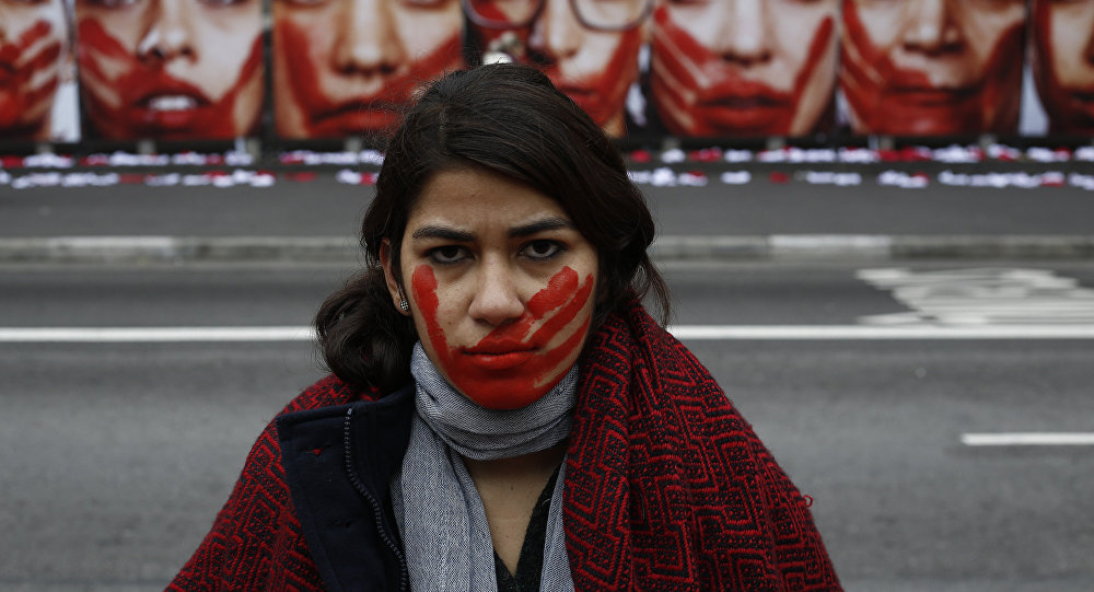 Manifestação da ONG Rio de Paz, em São Paulo, chama atenção para a violência contra a mulher, 10 de junho de 2016