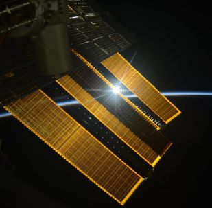 Amanhecer fotografado a partir da Estação Espacial Internacional pelo cosmonauta russo Sergei Ryazansky