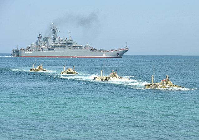 Desembarque dos fuzileiros navais da Frota do Mar Negro da Marinha russa (foto de arquivo)