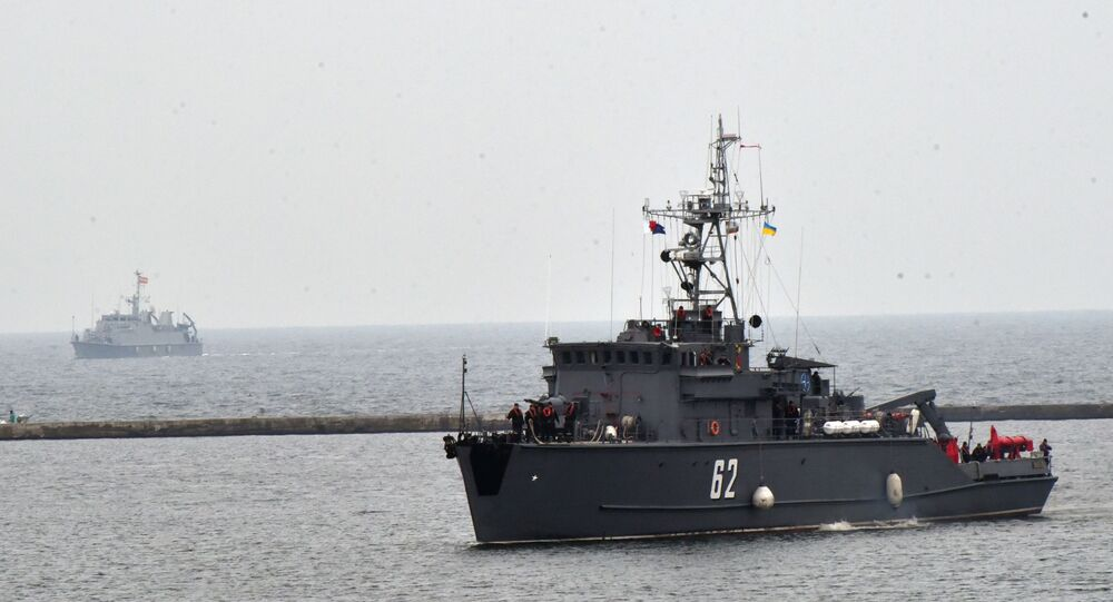 Navio anti-minas BGS Shkval da OTAN entra no porto de Odessa, 29 de outubro de 2019