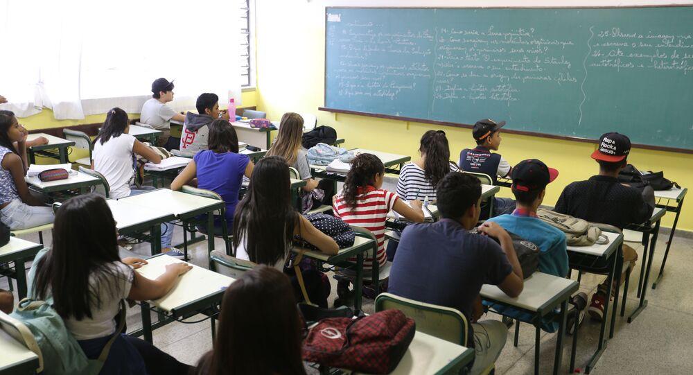 Sala de aula da Escola Estadual Antônio Vieira de Souza, em Guarulhos (SP)