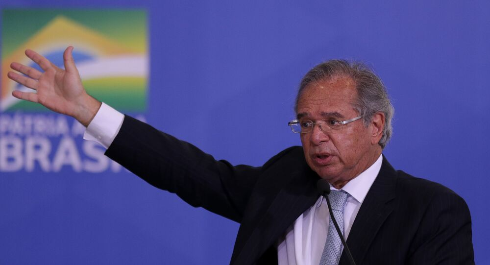Ministro da Economia, Paulo Guedes, fala durante solenidade no Palácio do Planalto