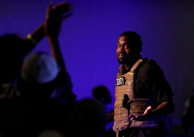 Rapper e produtor Kanye West no lançamento de sua candidatura em ato na Carolina do Sul