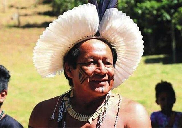 O cacique Domingos Venite, líder da tribo Sapukai, a maior do estado do Rio de Janeiro.