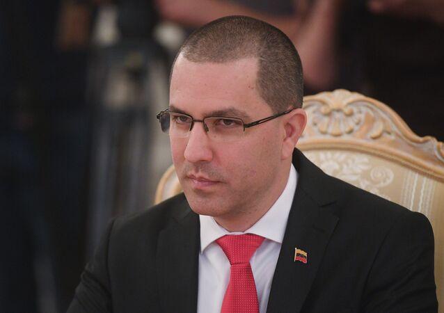 Jorge Arreaza, ministro das Relações Exteriores da Venezuela, durante uma reunião com seu homólogo russo Sergei Lavrov em Moscou, Rússia