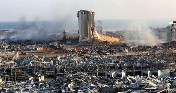 Estragos provocados pelas explosões na zona portuária de Beirute, capital do Líbano