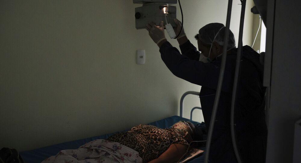 Vítima de ter contraído COVID-19 passa por exames em Manacapuru, no Amazonas