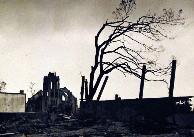 Rastro de destruição de Hiroshima após bombardeio em 6 de agosto de 1945