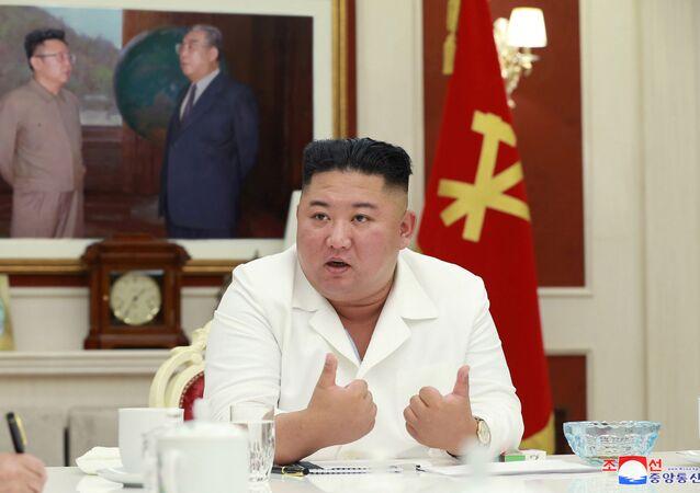 Líder norte-coreano, Kim Jong-un durante reunião na capital Pyongyang, Coreia do Norte, 5 de agosto de 2020