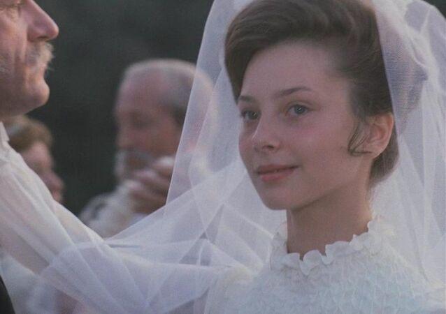 Cena do filme soviético Acidente de Caça, baseado na obra de Anton Tchekhov