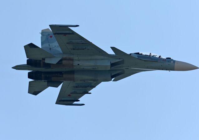 Caça russo Su-27