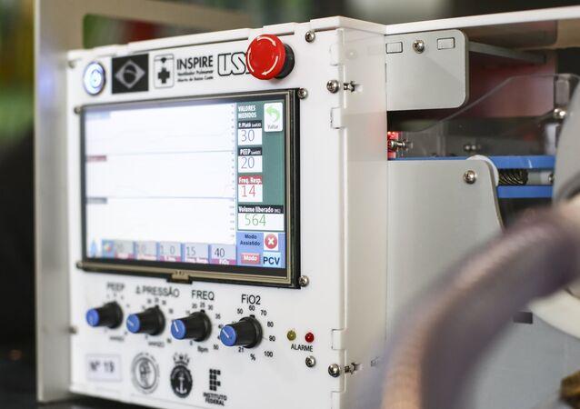 Ventiladores pulmonares desenvolvidos pela USP para tratar pacientes com COVID-19.
