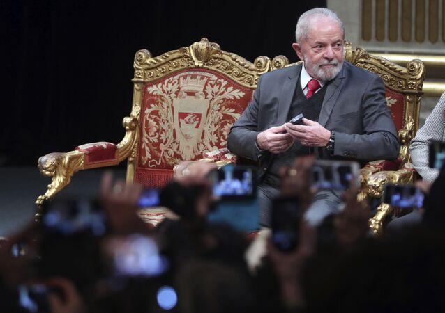 Ex-presidente Lula recebe título de cidadão honorário de Paris em 2 de março de 2020