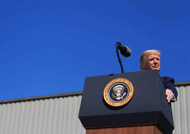 Presidente norte-americano, Donald Trump fala em um evento da campanha de reeleição em Old Forge, Pensilvânia, EUA, 20 de agosto de 2020