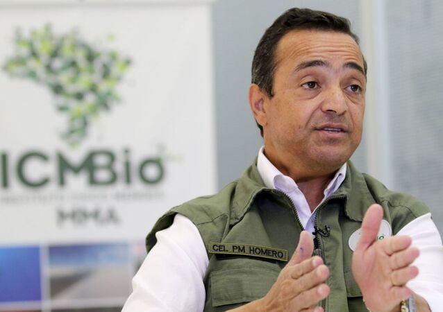 Homero Giorge Cerqueira concede entrevista à imprensa.