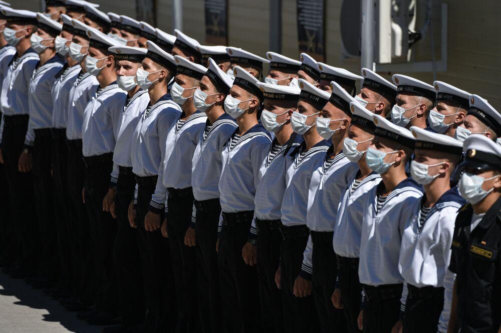 Cerimônia solene de abertura da competição de mergulhadores em centro de instrução da Marinha da Rússia no contexto dos Jogos Internacionais do Exército 2020