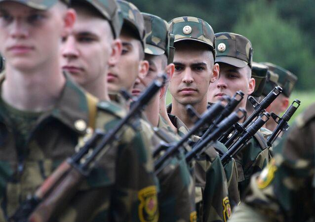 Militares da Bielorrússia (foto de arquivo)