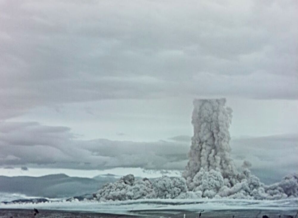 Detonação da bomba de hidrogênio AN602, chamada de Tsar Bomba, no arquipélago de Novaya Zemlya em 1961