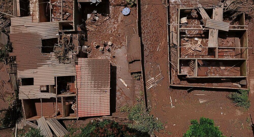 Vista dos danos causados pelo transbordamento do Rio das Velhas após chuvas torrenciais, Sabará, região metropolitana de Belo Horizonte, estado de Minas Gerais, Brasil, 27 de janeiro de 2020