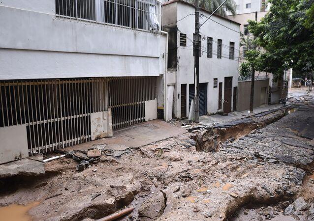 Vista dos danos causados pelas fortes chuvas no bairro de São Pedro, Belo Horizonte, estado de Minas Gerais, Brasil, 29 de janeiro de 2020