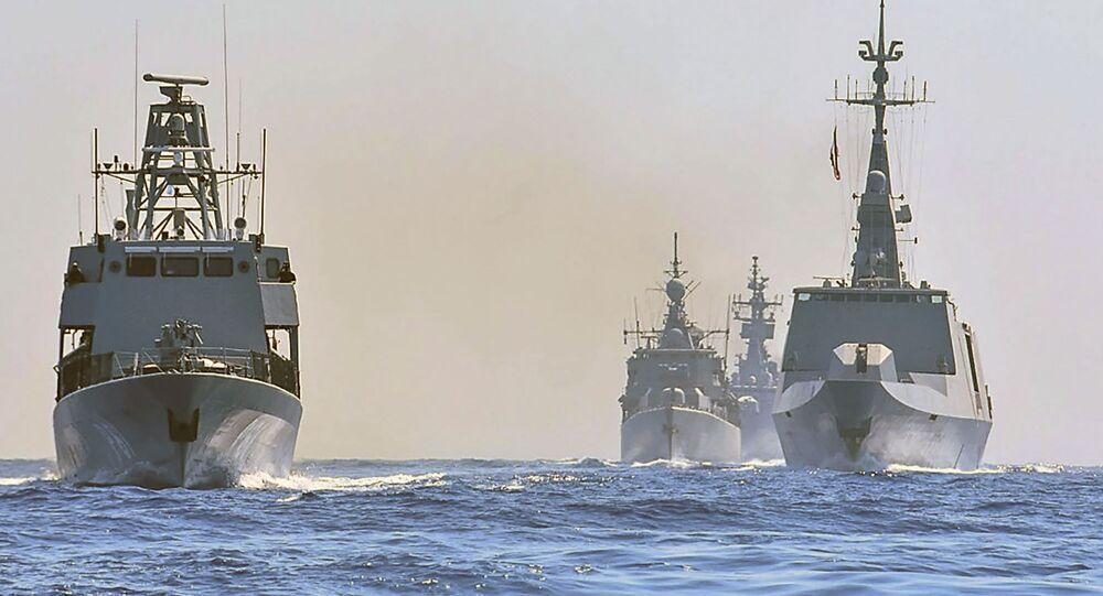 Navios de guerra da Grécia, Itália, Chipre e França participam de exercício militar no mar Mediterrâneo ao sul da Turquia, em 31 de agosto de 2020.