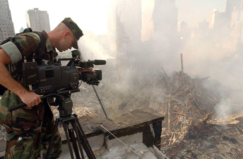 Militar norte-americano filma destruição provocada pelos ataques