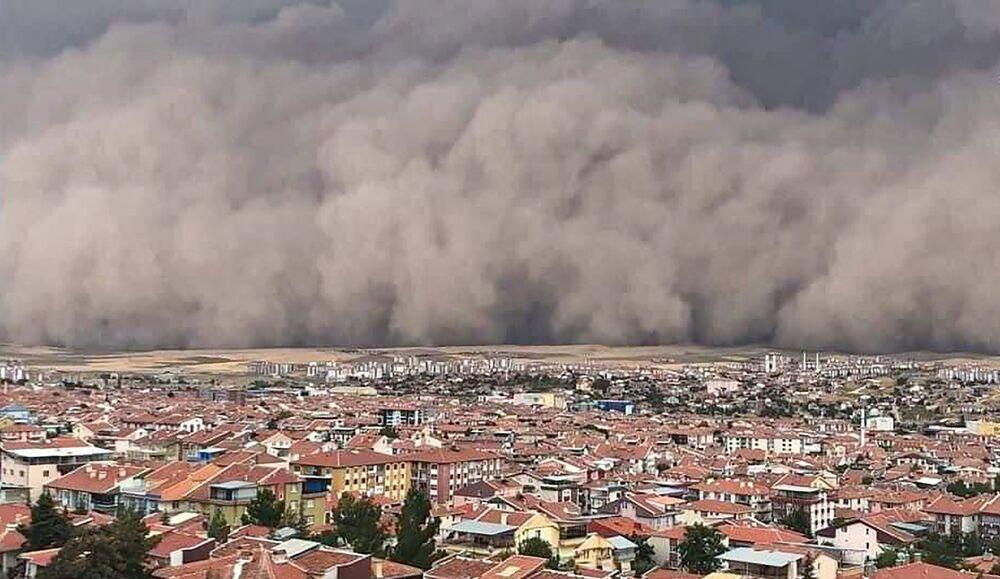 Tempestade de areia em Ancara, Turquia